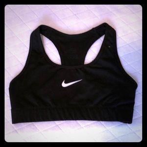 NWOT Nike dri fit black sports bra sz xs